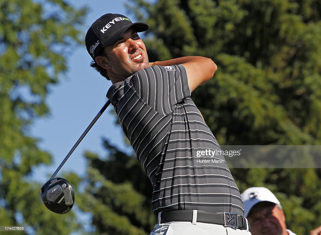 <a gi-track='captionPersonalityLinkClicked' href=/galleries/search?phrase=Scott+Piercy&family=editorial&specificpeople=4464716 ng-click='$event.stopPropagation()'>Scott Piercy</a> of the United States hits his tee shot on the 17th hole during round one of the RBC Canadian Open at Glen Abby Golf Club on July 25, 2013 in Oakville, Ontario.