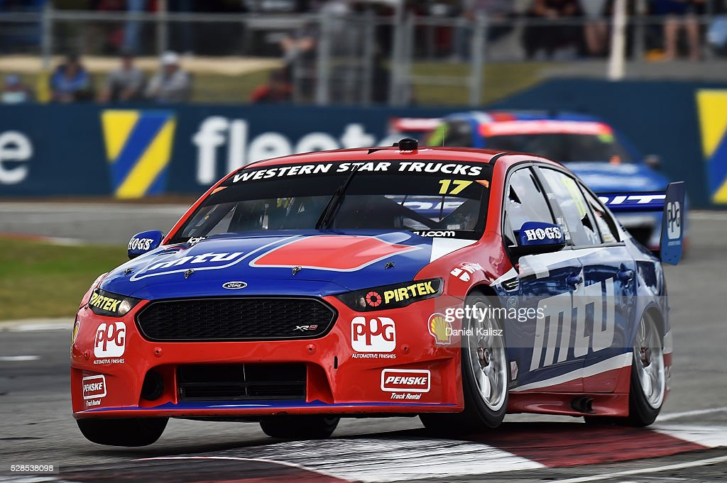 Scott Pye drives the #17 DJR Team Penske Ford Falcon FGX during practice for the V8 Supercars Perth SuperSprint at Barbagallo Raceway on May 6, 2016 in Perth, Australia.
