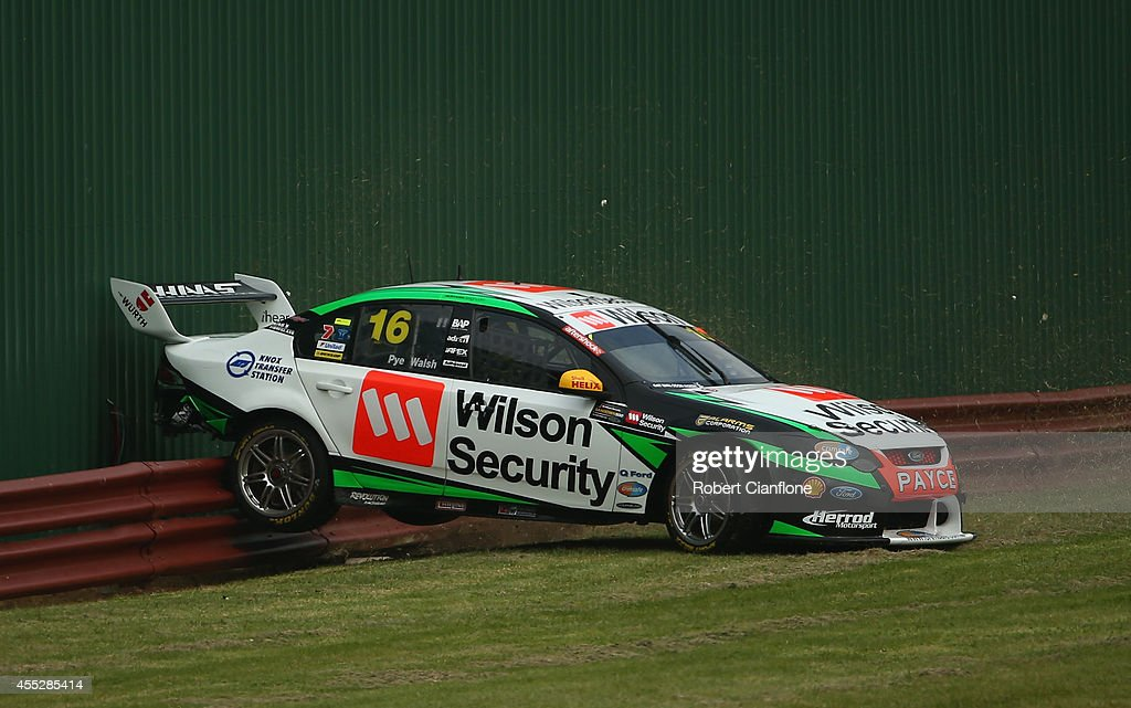 Sandown Supercars Practice Photos And Images Getty Images