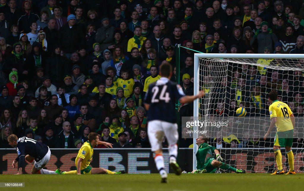Scott Rendell of Luton Town(L) scores the winning goal during the FA Cup with Budweiser fourth round match between Norwich City and Luton Town at Carrow Road on January 26, 2013 in Norwich, England.