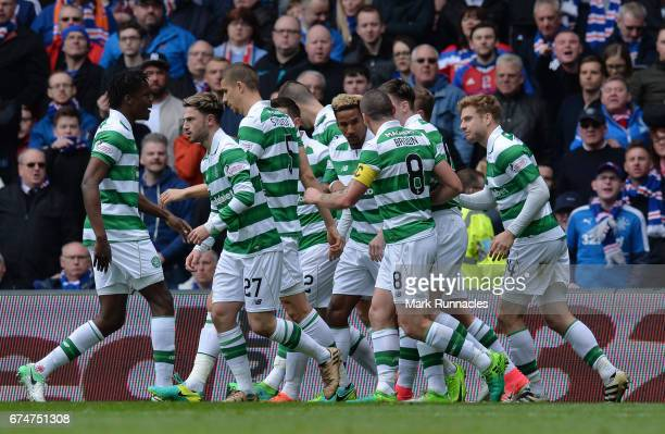 Scott Sinclair of Celtic celebrates with team mates after scoring the opening goal from the penalty spot during the Ladbrokes Scottish Premiership...