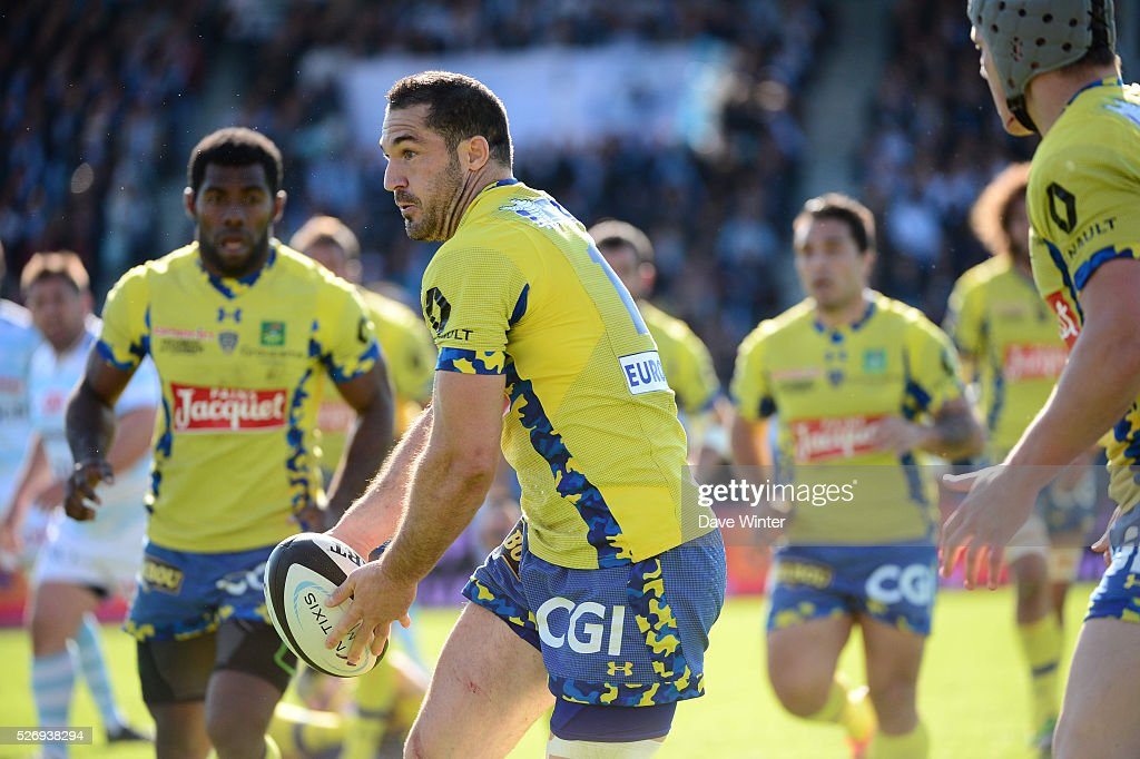 Scott Spedding of Clermont during the French Top 14 rugby union match between Racing 92 v Clermont at Stade Yves Du Manoir on May 1, 2016 in Colombes, France.