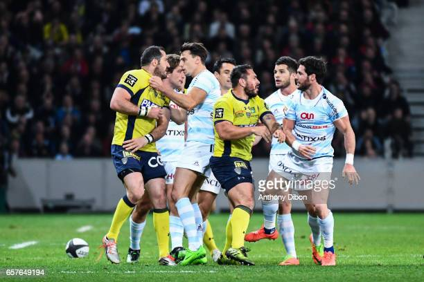 Scott Spedding of Clermont fight with Brice Dulin of Racing 92 during the Top 14 match between Racing 92 and Clermont Auvergne at Stade PierreMauroy...