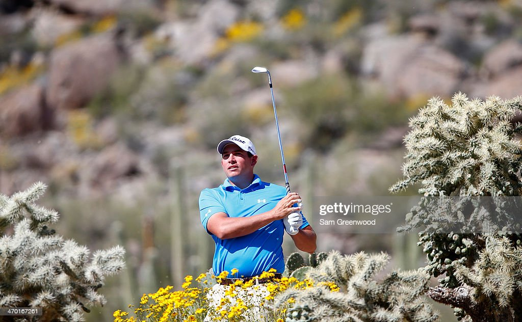 <a gi-track='captionPersonalityLinkClicked' href=/galleries/search?phrase=Scott+Stallings&family=editorial&specificpeople=6660711 ng-click='$event.stopPropagation()'>Scott Stallings</a> plays a shot during a practice round prior to the World Golf Championships-Accenture Match Play Championship at the Golf Club at Dove Mountain on February 18, 2014 in Marana, Arizona.