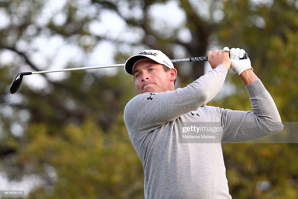 Scott Stallings tees off on the second hole during round one of the Valero Texas Open at TPC San Antonio ATT Oaks Course on March 26 2015 in San...