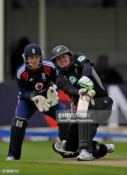 Scott Styris batting for New Zealand during the NatWest Series One Day International between England and New Zealand at Edgbaston Birmingham 18th...