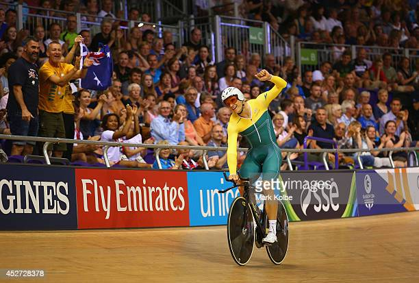 Scott Sunderland of Australia celebrates winning gold after the Men's 1000 metres Time Trial at Sir Chris Hoy Velodrome during day three of the...