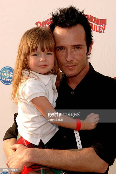 Scott Weiland of Velvet Revolver and daughter Lucy Olivia