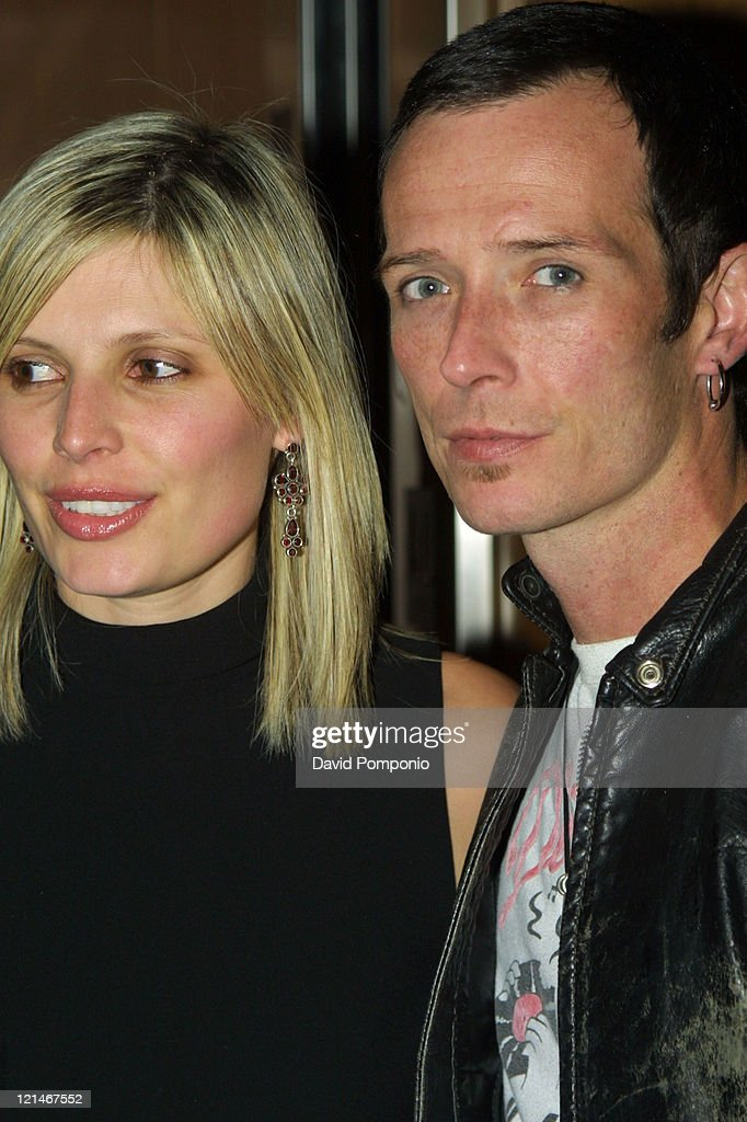 Scott Weiland (right) of Velvet Revolver and guest