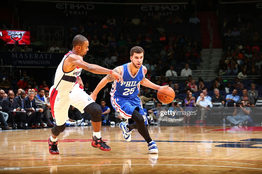 Scottie Wilbekin of the Philadelphia 76ers drives to the basket against the Washington Wizards during a preseason game on October 6 2015 at Verizon...