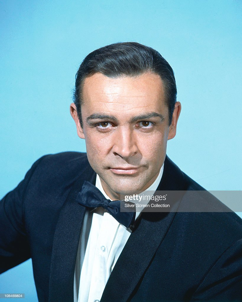 Scottish actor <a gi-track='captionPersonalityLinkClicked' href=/galleries/search?phrase=Sean+Connery&family=editorial&specificpeople=201589 ng-click='$event.stopPropagation()'>Sean Connery</a>, circa 1962.
