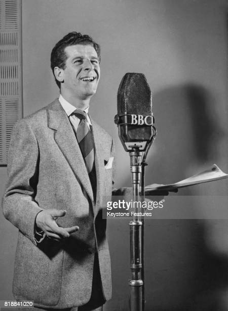 Scottish comedy actor and singer Benny Lee broadcasts on the BBC UK circa 1955