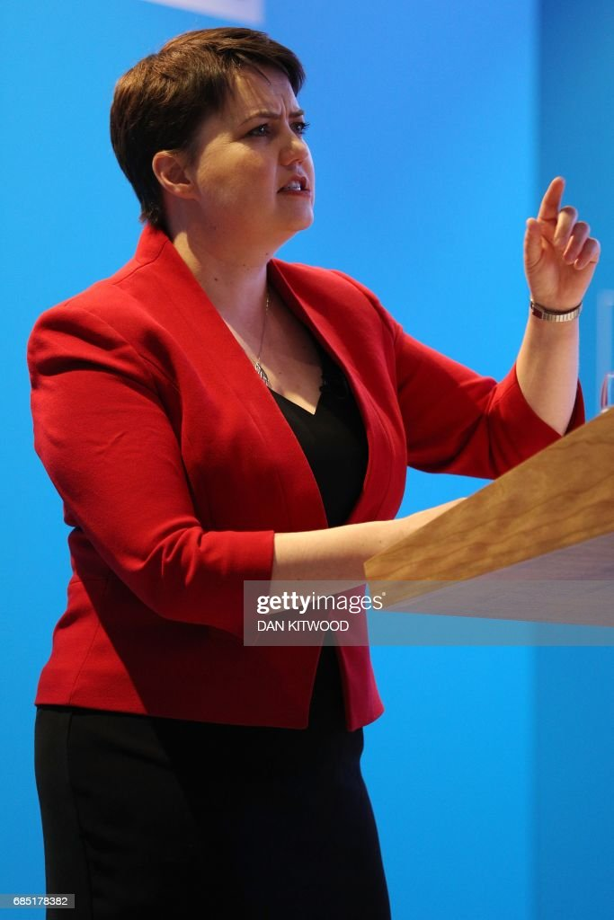 Scottish Conservative leader Ruth Davidson presents the Scottish manifesto at the launch in Edinburgh on May 19, 2017. / AFP PHOTO / POOL / Dan Kitwood