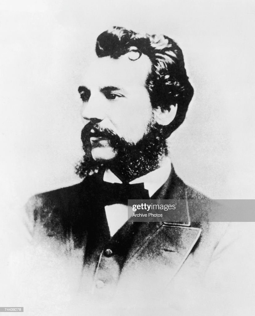Scottish inventor and scientist <a gi-track='captionPersonalityLinkClicked' href=/galleries/search?phrase=Alexander+Graham+Bell&family=editorial&specificpeople=114041 ng-click='$event.stopPropagation()'>Alexander Graham Bell</a> (1847 - 1922) in the year he filed a patent for the telephone, 1876.