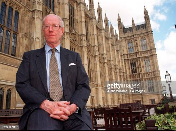 Scottish lib Dem MP Donald Gorrie at the Houses of Parliament * 22/10/02 Gorrie was urging ministers to stop money lenders offering further loans to...
