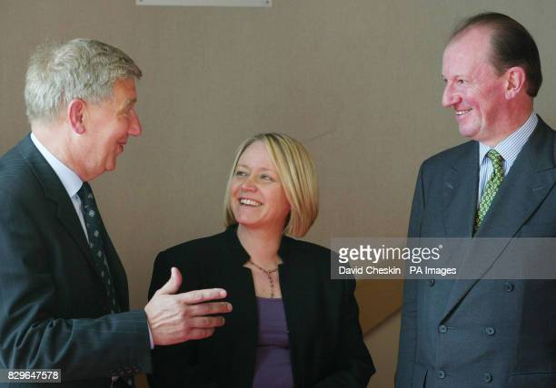 Scottish Minister for Justice Cathy Jamieson talks to Chief Superintendent Tom Buchan and Roy Martin QC