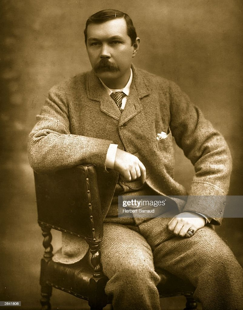 Scottish novelist Sir <a gi-track='captionPersonalityLinkClicked' href=/galleries/search?phrase=Arthur+Conan+Doyle&family=editorial&specificpeople=203200 ng-click='$event.stopPropagation()'>Arthur Conan Doyle</a>.