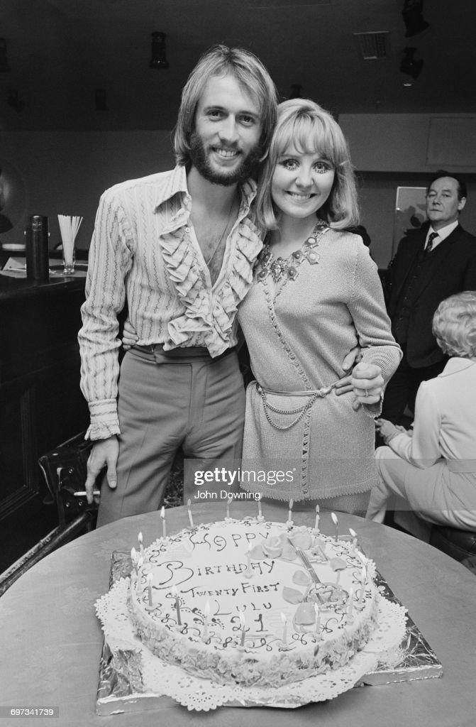 Scottish pop singer Lulu celebrates her 21st birthday, with her husband, singer Maurice Gibb of the Bee Gees, UK, 3rd November 1969.