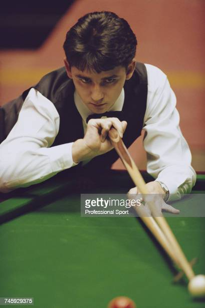Scottish professional snooker player Alan McManus pictured in action during competition in the 1993 Embassy World Snooker Championship at the...