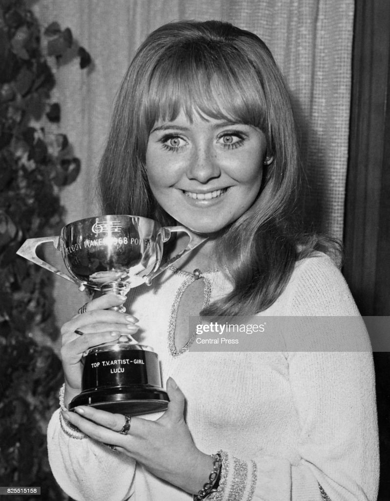 Scottish singer Lulu is named Top TV Artist (Girl) at the Melody Maker awards at New Zealand House, London, 18th September 1968.