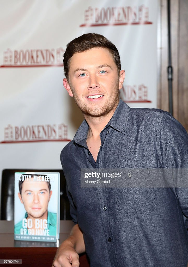 Scotty McCreery signs copies of his new book 'Go Big or Go Home' at Bookends Bookstore on May 3 2016 in Ridgewood New Jersey