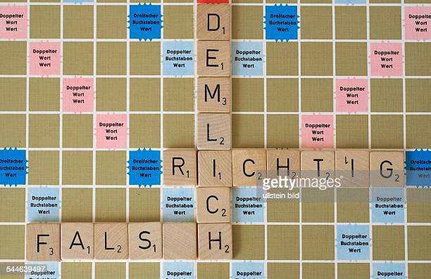 scrabble orthography spelling words right wrong stupid