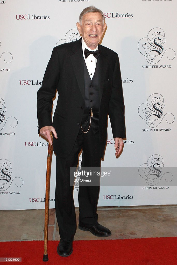 Screenwriter Shelley Berman attends the 25th Annual Scripter Awards at Edward L. Doheny Jr. Memorial Library at University of Southern California on February 9, 2013 in Los Angeles, California.