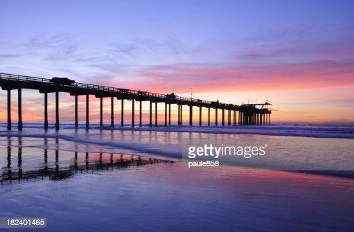 スクリップス夕暮れの桟橋