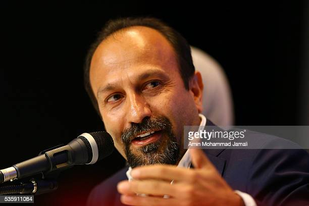 Scriptwriter Asghar Farhadi winner of the award for Best Script for the movie 'The Salesman' attends the press Conference on May 30 2016 in Tehran...
