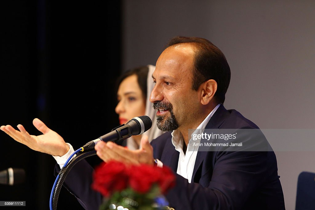Scriptwriter <a gi-track='captionPersonalityLinkClicked' href=/galleries/search?phrase=Asghar+Farhadi&family=editorial&specificpeople=5700577 ng-click='$event.stopPropagation()'>Asghar Farhadi</a>, winner of the award for Best Script for the movie 'The Salesman,' attends the press Conference on May 30, 2016 in Tehran, Iran.