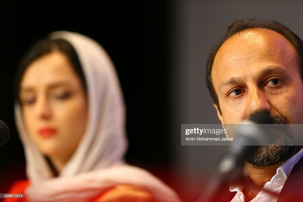 Scriptwriter <a gi-track='captionPersonalityLinkClicked' href=/galleries/search?phrase=Asghar+Farhadi&family=editorial&specificpeople=5700577 ng-click='$event.stopPropagation()'>Asghar Farhadi</a>, winner of the award for Best Script for the movie The Salesman attend the press Conference on May 30, 2016 in Tehran, Iran.