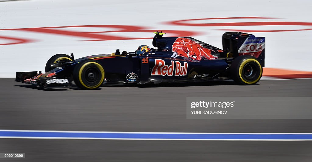 Scuderia Toro Rosso's Spanish driver Carlos Sainz Jr steers his car during the second practice session of the Formula One Russian Grand Prix at the Sochi Autodrom circuit on April 29, 2016. / AFP / YURI
