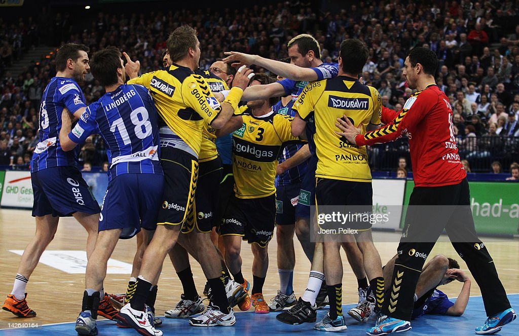 Scuffles between the teams broke out during the Toyota Bundesliga handball game between HSV Hamburg and Rhein-Neckar Loewen at the O2 World on April 10, 2012 in Hamburg, Germany.