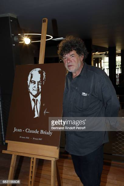Sculptor Michel Audiard attends Tribute To JeanClaude Brialy during 'Journees Nationales du Livre et du Vin'on May 14 2017 in Saumur France