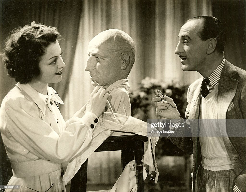 A sculptress creates a copy of the distinctive profile of actor <a gi-track='captionPersonalityLinkClicked' href=/galleries/search?phrase=Basil+Rathbone&family=editorial&specificpeople=93122 ng-click='$event.stopPropagation()'>Basil Rathbone</a> (1892 - 1967), circa 1937.