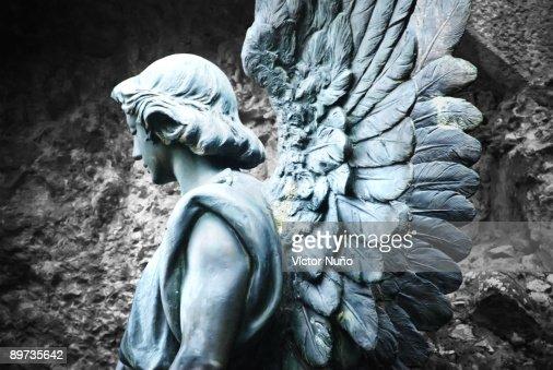 Sculpture of an angel : Stock Photo