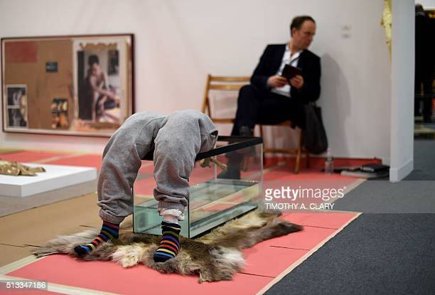 Sculture by artist Yves Scherer during the VIP opening of The Armory Show 2016 in New York March 2 2016 / AFP / Timothy A CLARY / RESTRICTED TO...