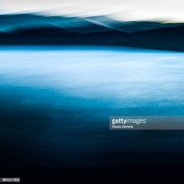 Sea and mountains in motion