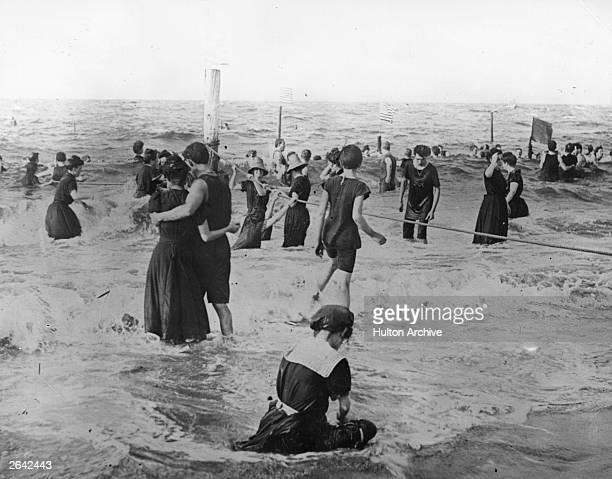 Sea bathers in America