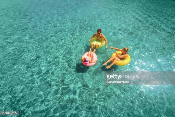 Mit meiner Familie Baden im Meer