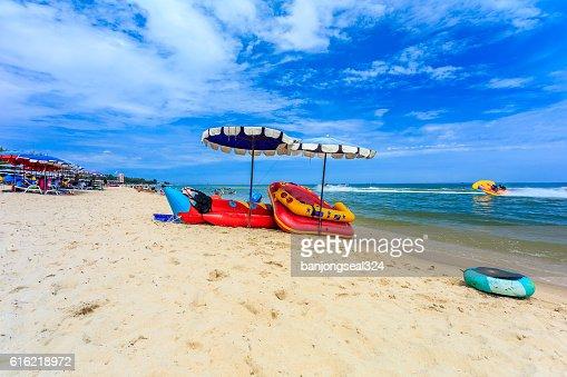 Sea beach with blue sky in Thailand. : Photo