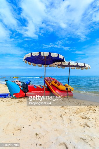 Sea beach with blue sky in Thailand. : Stock-Foto
