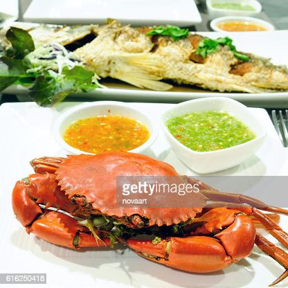 Sea crab and snapper seafood set with spicy sauce : Stock Photo