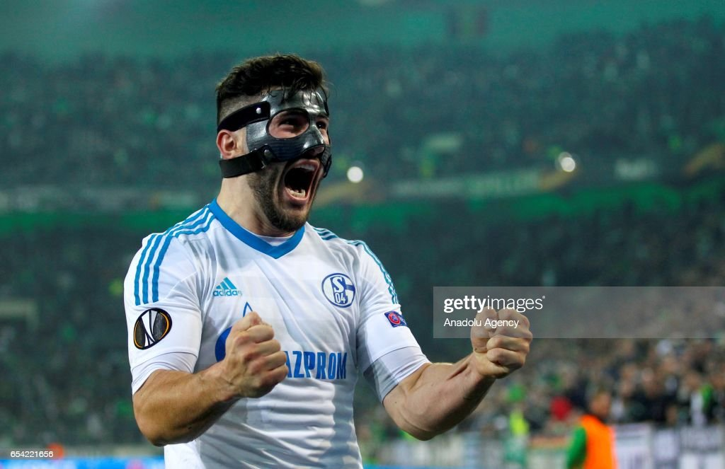 Sead Kolasinac of Schalke celebrate the 2-2 against Moenchengladbach after the UEFA Europa League round of 16 soccer match between Borussia Moenchengladbach and FC Schalke 04 at the Borussia Park in Moenchengladbach Germany on March 16, 2017.