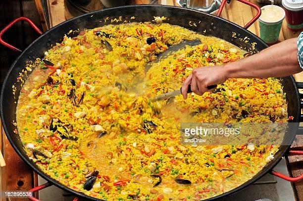 Spanische Paella mit Meeresfrüchten