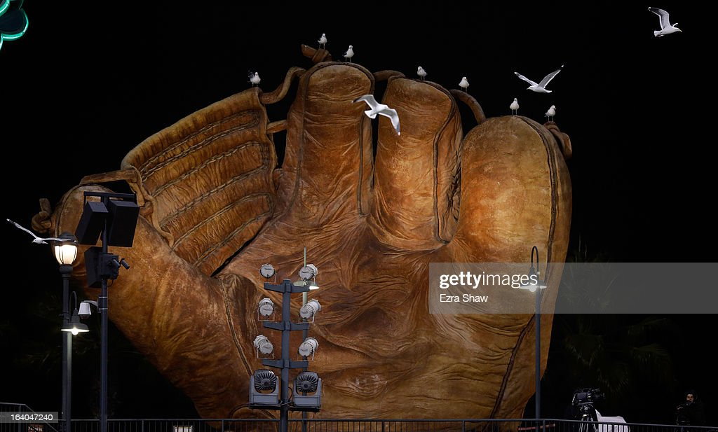 Seagulls sit on the giant glove in left field during the semifinal of the World Baseball Classic between the Netherlands and the Dominican Republic at AT&T Park on March 18, 2013 in San Francisco, California.