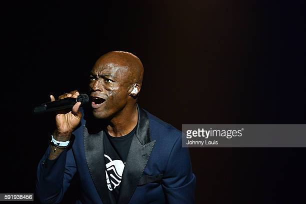 Seal performs onstage at Hard Rock Live in the Seminole Hard Rock Hotel Casino on August 18 2016 in Hollywood Florida