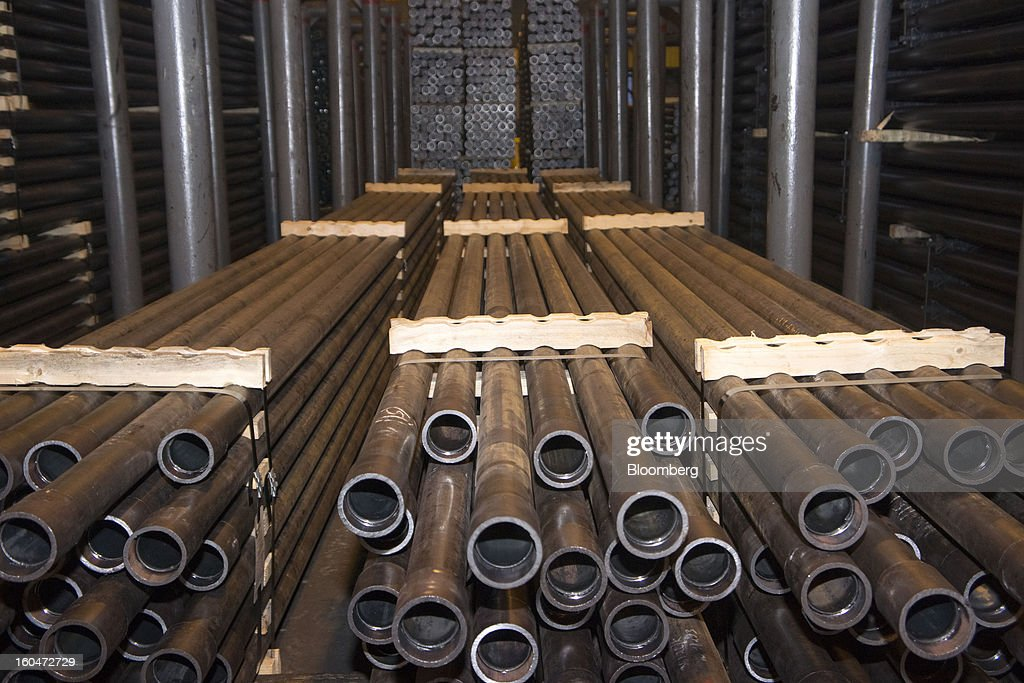 Seamless steel pipes lie ready for shipping after manufacture at the Interpipe LLC pipe factory in Nikopol, Ukraine, on Wednesday, Jan. 30, 2013. Ukraine's Interpipe Group, owned by billionaire Victor Pinchuk, opened a $700 million electric steel mill in Dnipropetrovsk with an annual output capacity of 1.32 million tons of steel for its seamless pipe production. Photographer: Vincent Mundy/Bloomberg via Getty Images