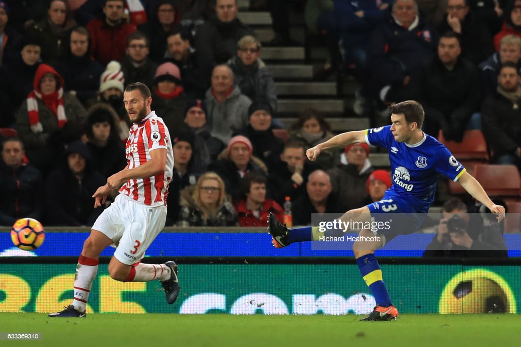 Seamus Coleman of Everton scores his team's opening goal during the Premier League match between Stoke City and Everton at Bet365 Stadium on February 1, 2017 in Stoke on Trent, England.