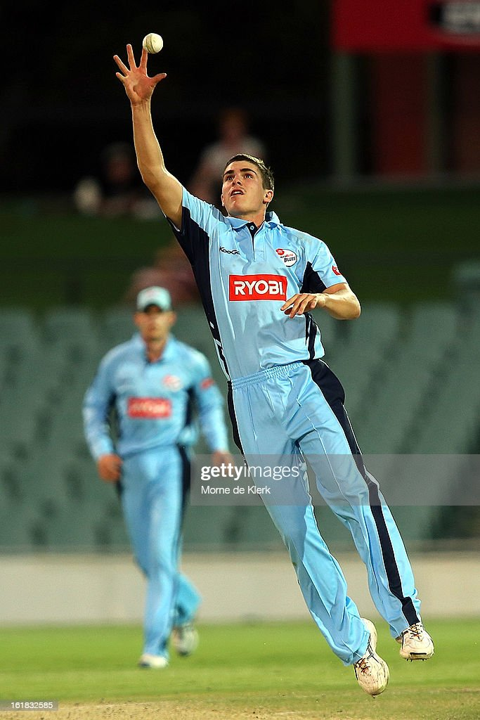<a gi-track='captionPersonalityLinkClicked' href=/galleries/search?phrase=Sean+Abbott&family=editorial&specificpeople=5800264 ng-click='$event.stopPropagation()'>Sean Abbott</a> of the Blues fields during the Ryobi One Day Cup match between the South Australian Redbacks and the New South Wales Blues at Adelaide Oval on February 17, 2013 in Adelaide, Australia.